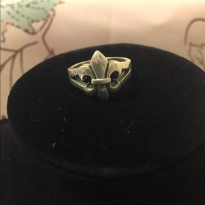 Sterling silver 925 Fleurdelis  ring